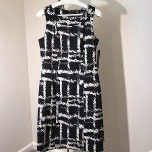 Voir Voir Sleeveless Woven Black/White Dress